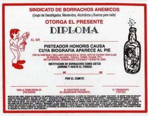 Diploma que expiden algunas universidades españolas, según puede comprobarse cualquier fin de semana.