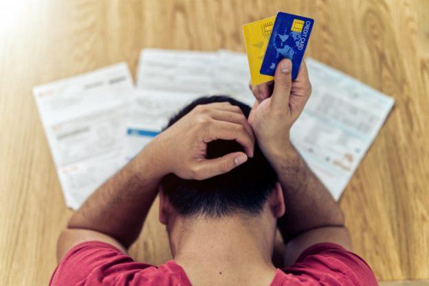 Tips para evitar la deuda en la tarjeta de crédito