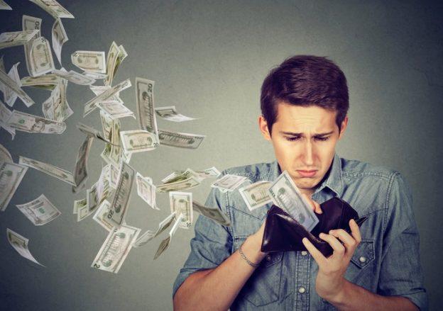 Malos hábitos con el dinero