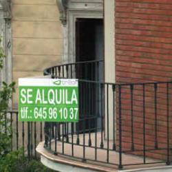 Todavía hay valientes que se lanzan a alquilar sus viviendas, a pesar de la morosidad