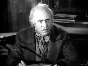 Mr. Scrooge detesta los bancos malos.